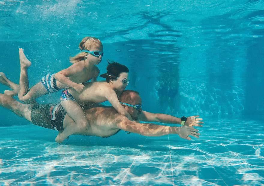 Pool Familie Urlaub daheim